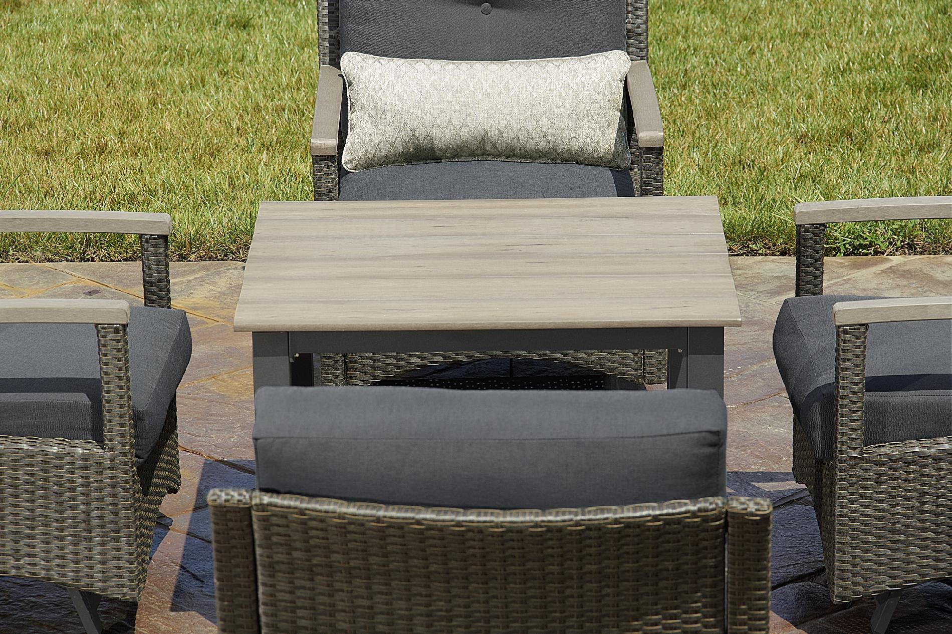 La-Z-Boy Outdoor Grayson 5pc Chat Set