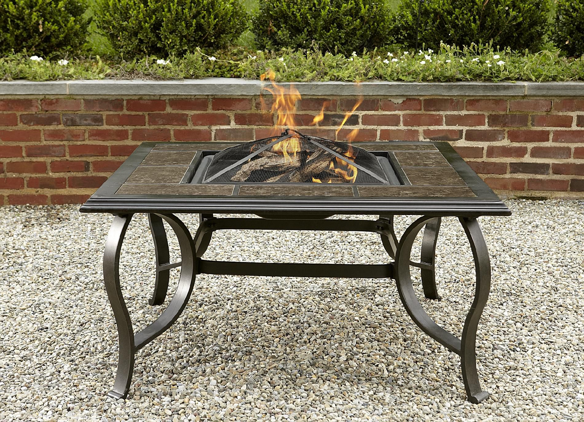La-Z-Boy Outdoor McKenna 5pc Fire Pit Chat Set