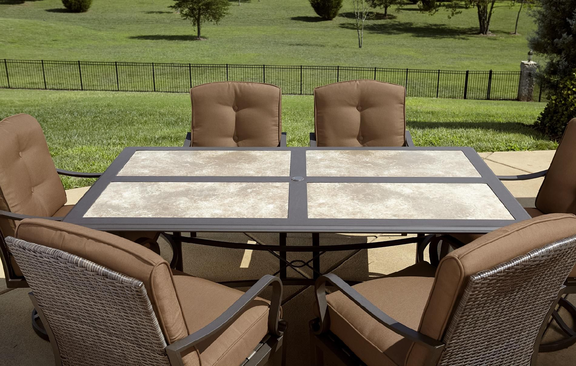 La-Z-Boy Outdoor Dylan 7pc Dining Set*
