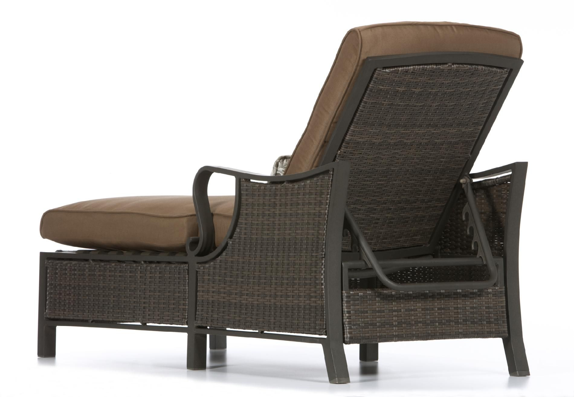 La-Z-Boy Outdoor Dylan Chaise Lounge