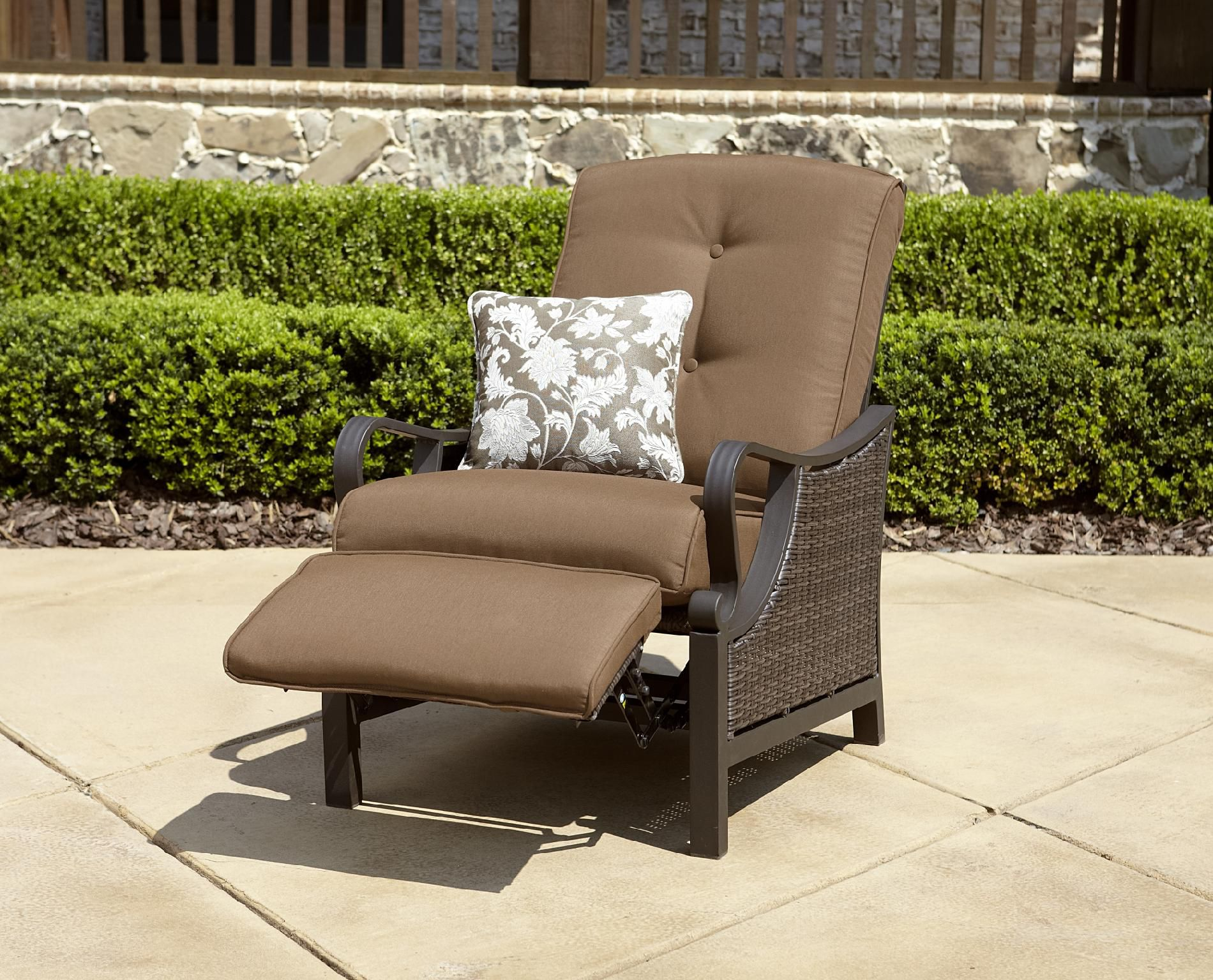 La-Z-Boy Outdoor Dylan Recliner