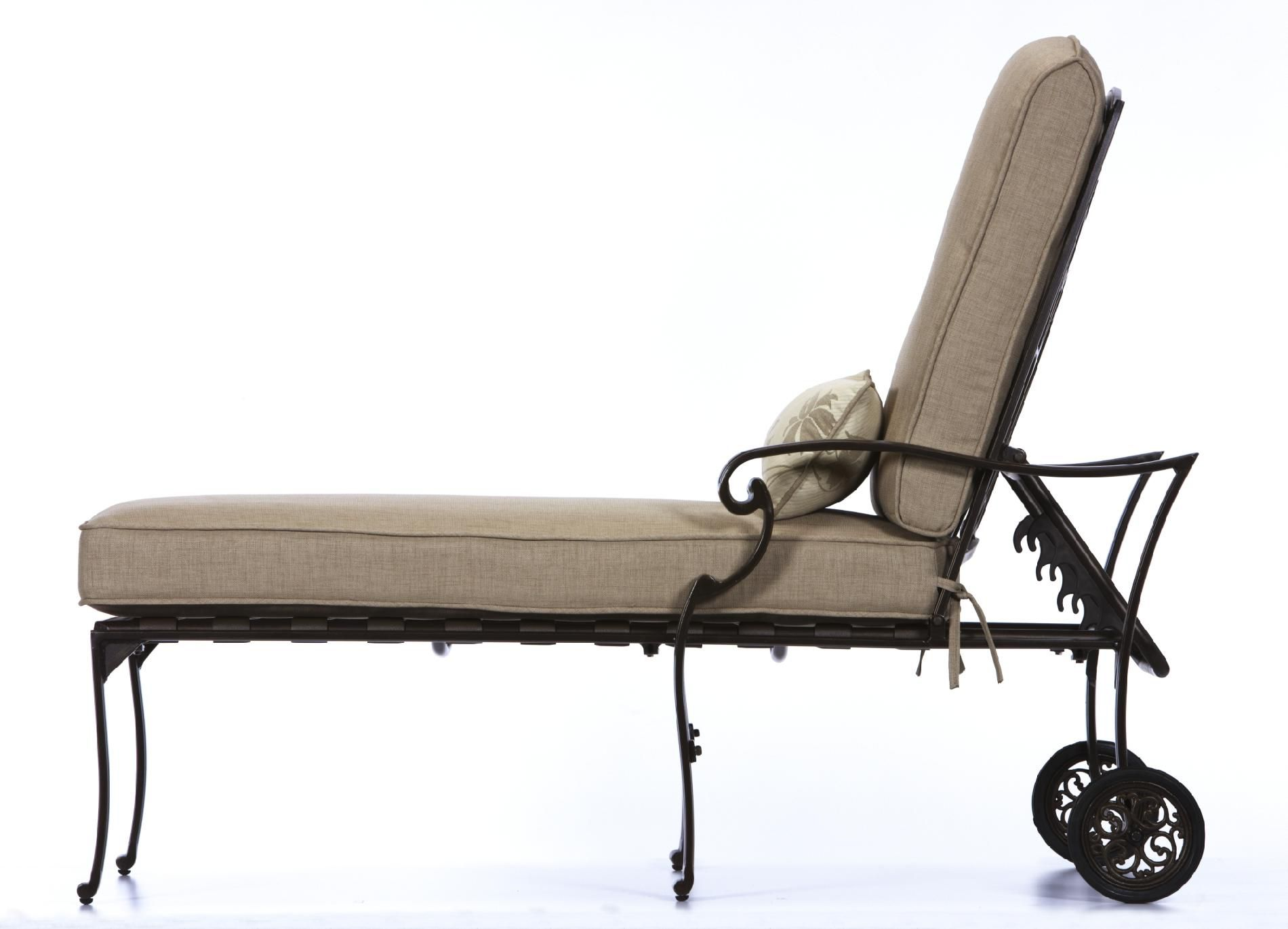 La-Z-Boy Outdoor Halley Chaise Lounge *Limited Availability