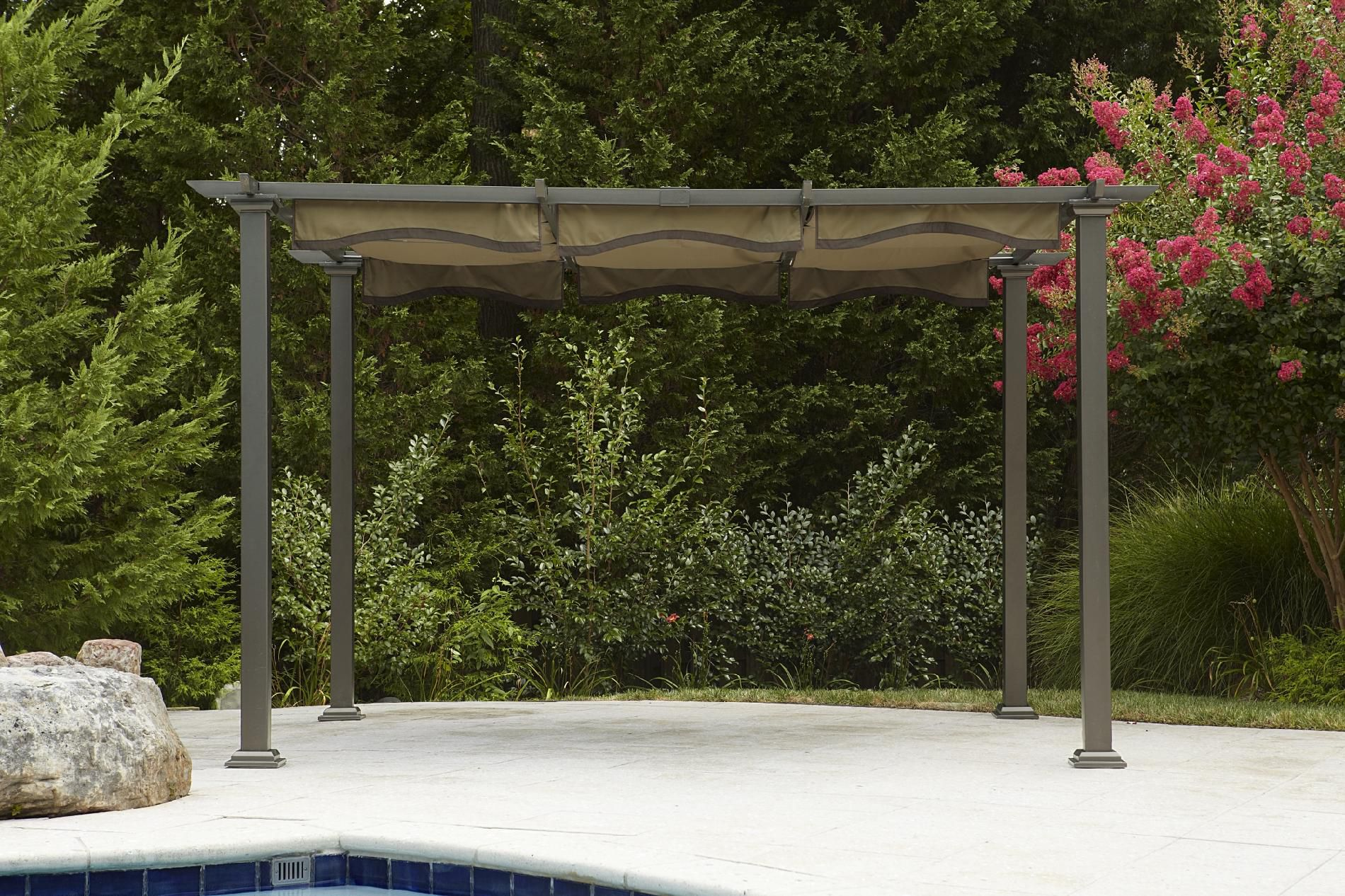 Garden Oasis Pergola with Canopy*