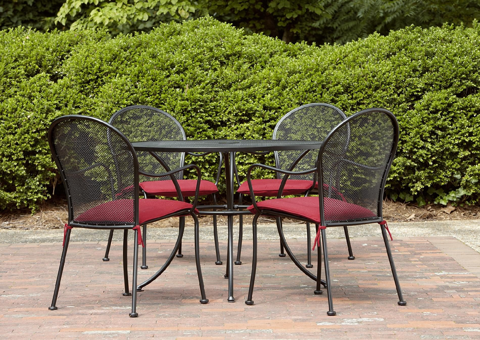 Garden Oasis Beaucoup 5pc Dining Set