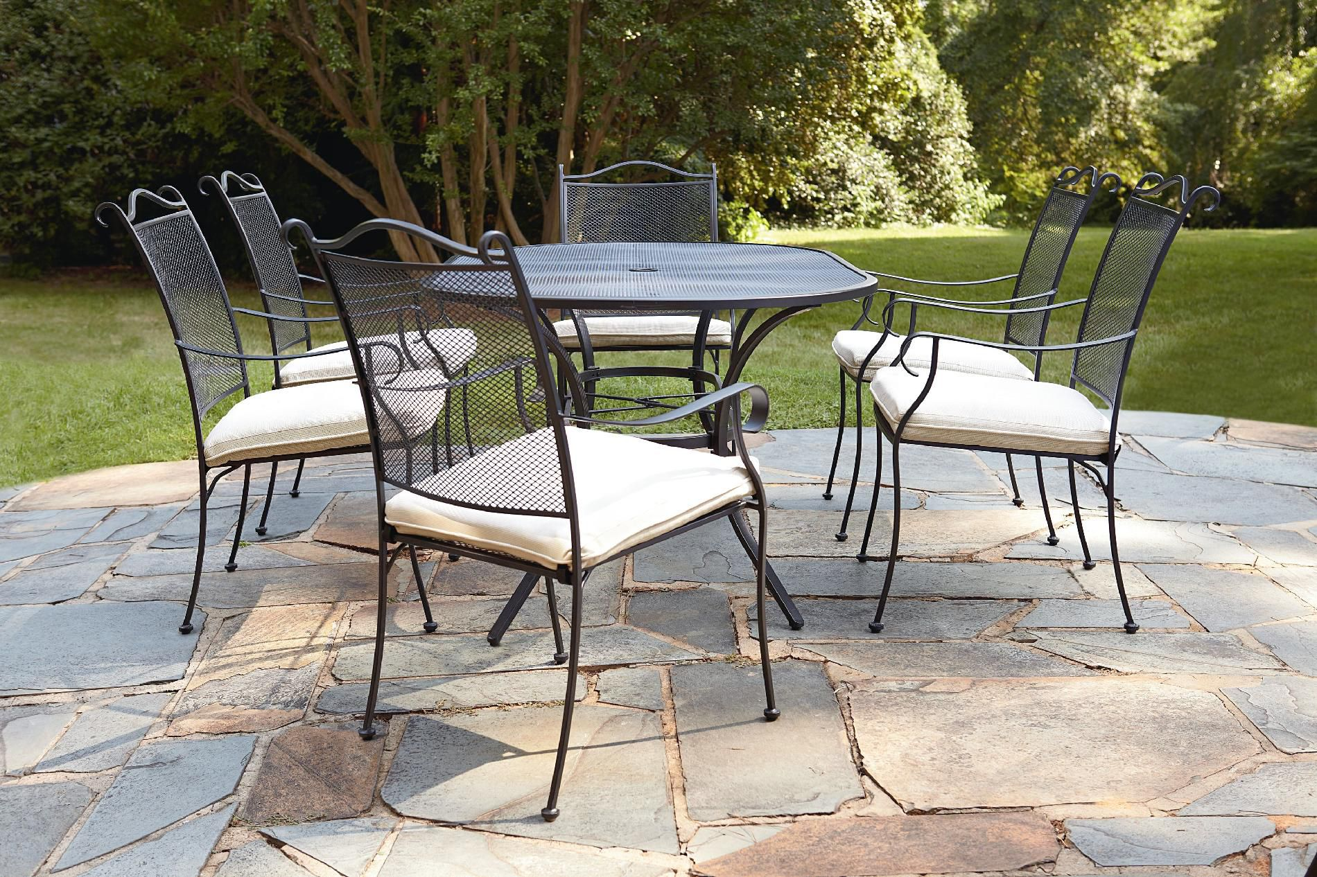 Garden Oasis Steinbeck 7pc Dining Set* Limited Availability