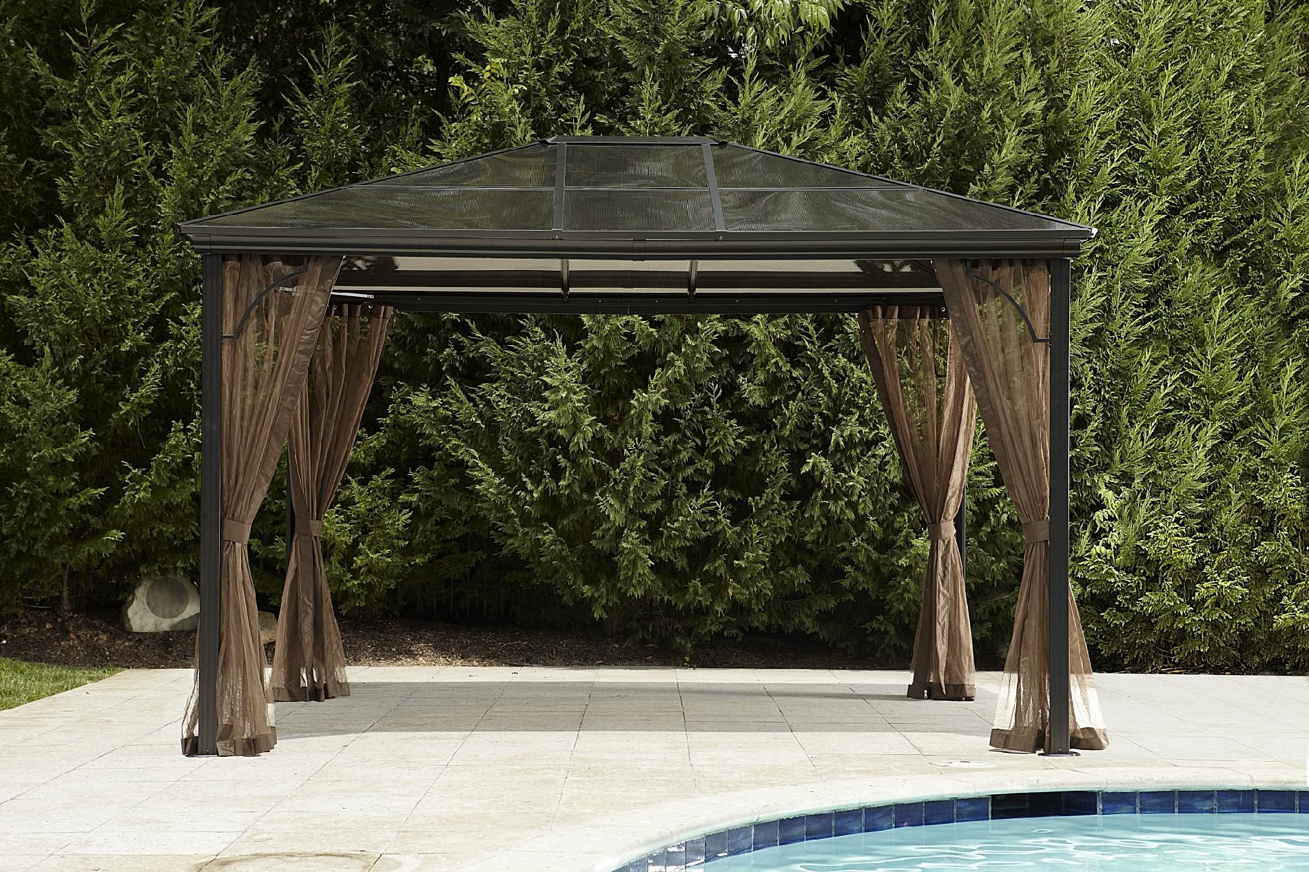 Grand Resort Hardtop Gazebo*