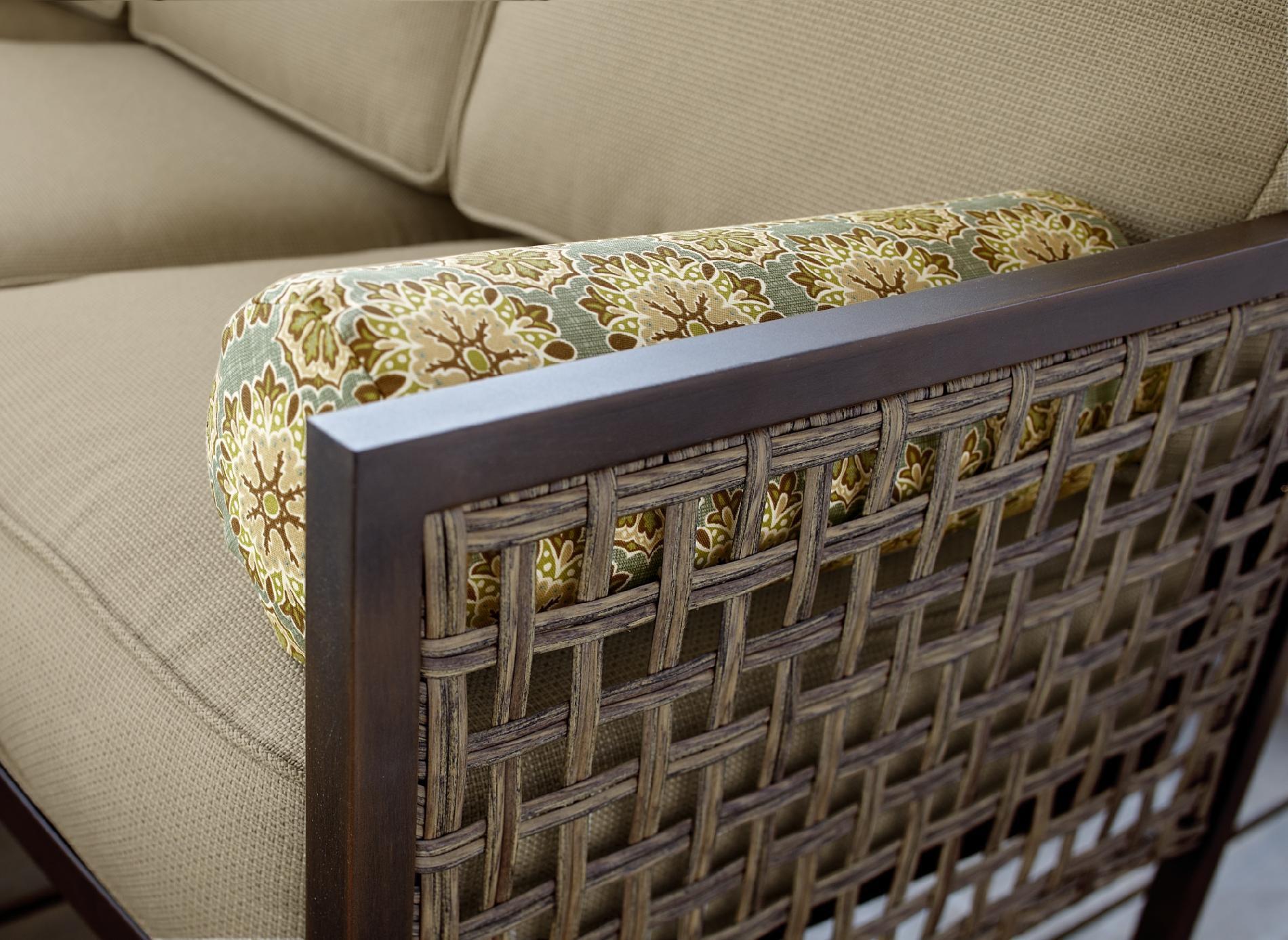 Grand Resort Henderson Creek Soho 4pc Sectional Seating Set