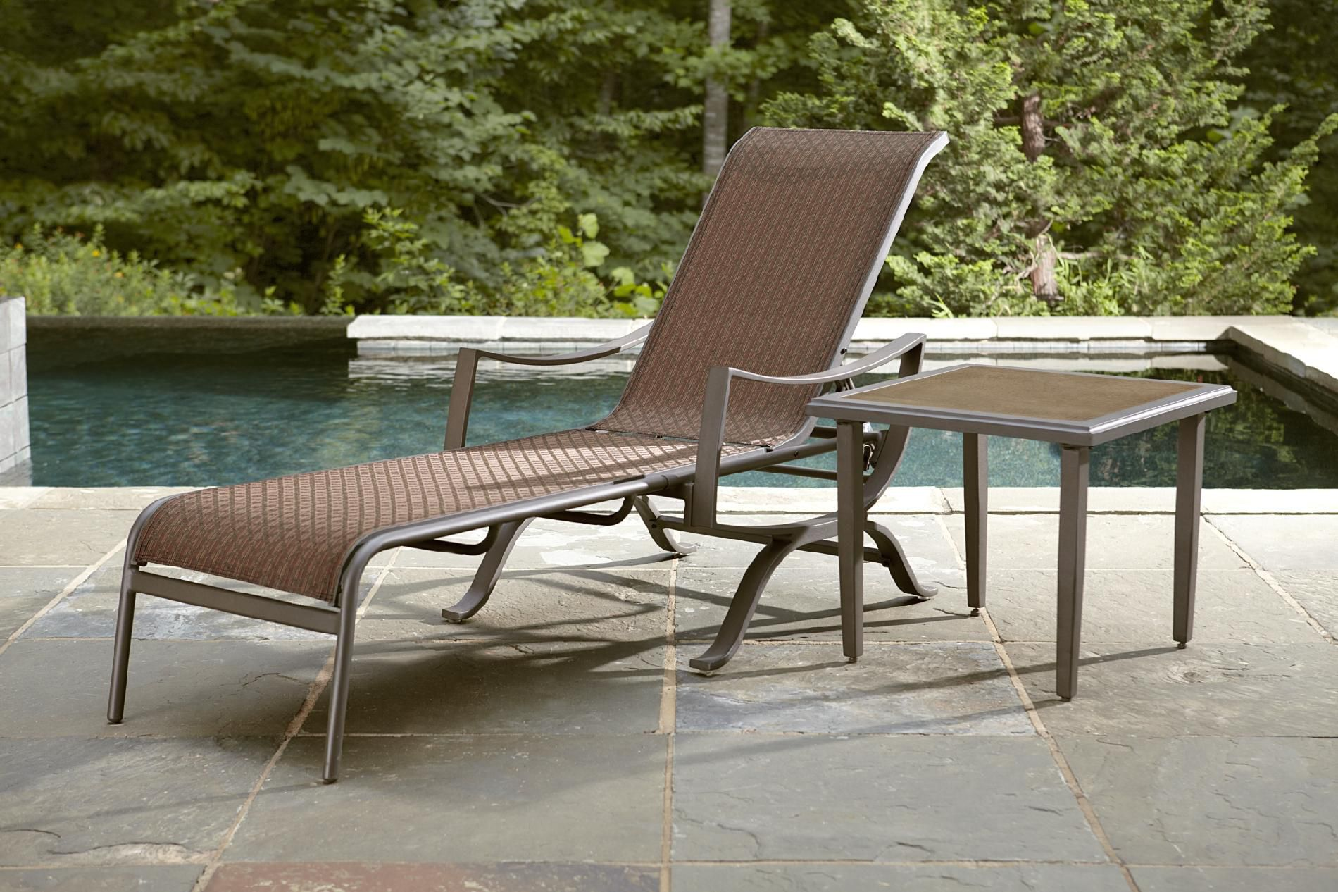 Ty Pennington Style Kesey Chaise Lounge*