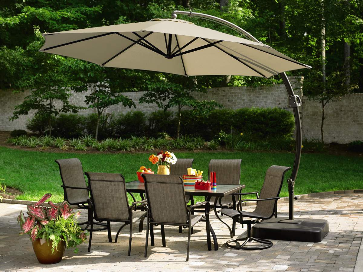 Garden Oasis 11.5 Ft. Steel Round Offset Umbrella w/Base