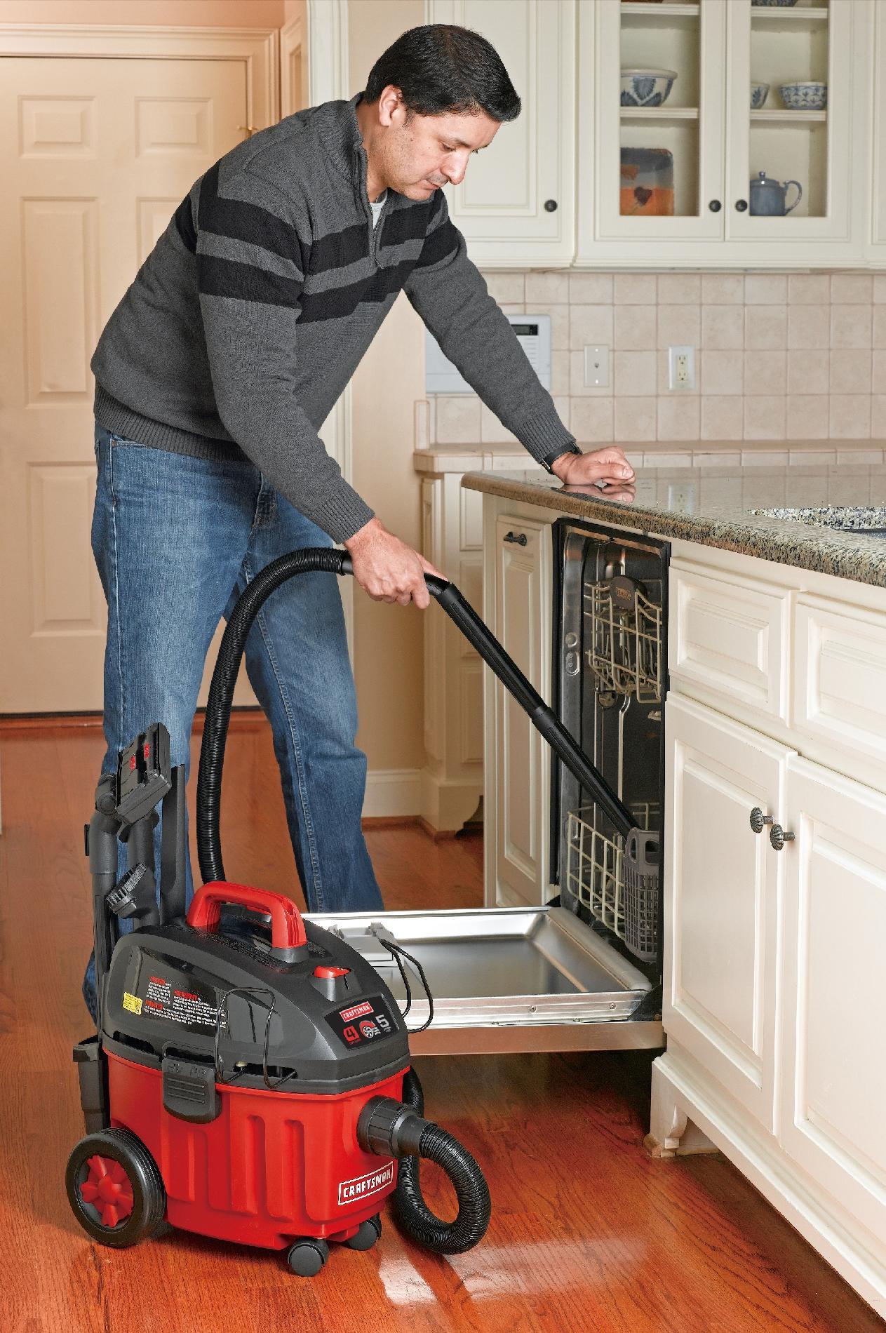 Craftsman Ultra-Quiet 4 Gallon 5 Peak HP Portable Household Wet-Dry Vac
