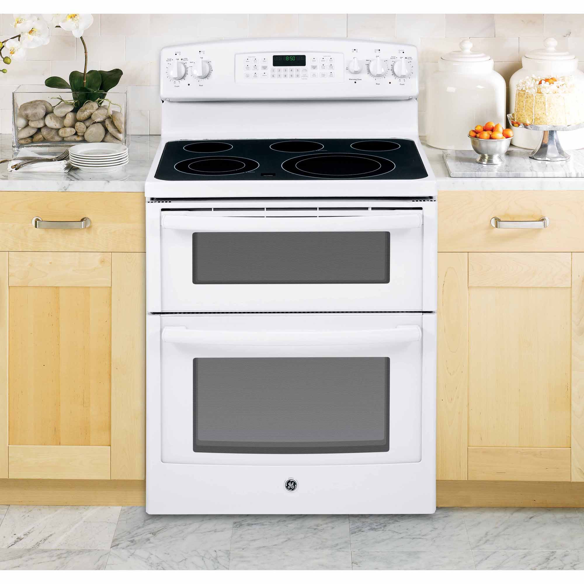 GE Appliances 6.6 cu. ft. Electric Range w/ Double Oven - White