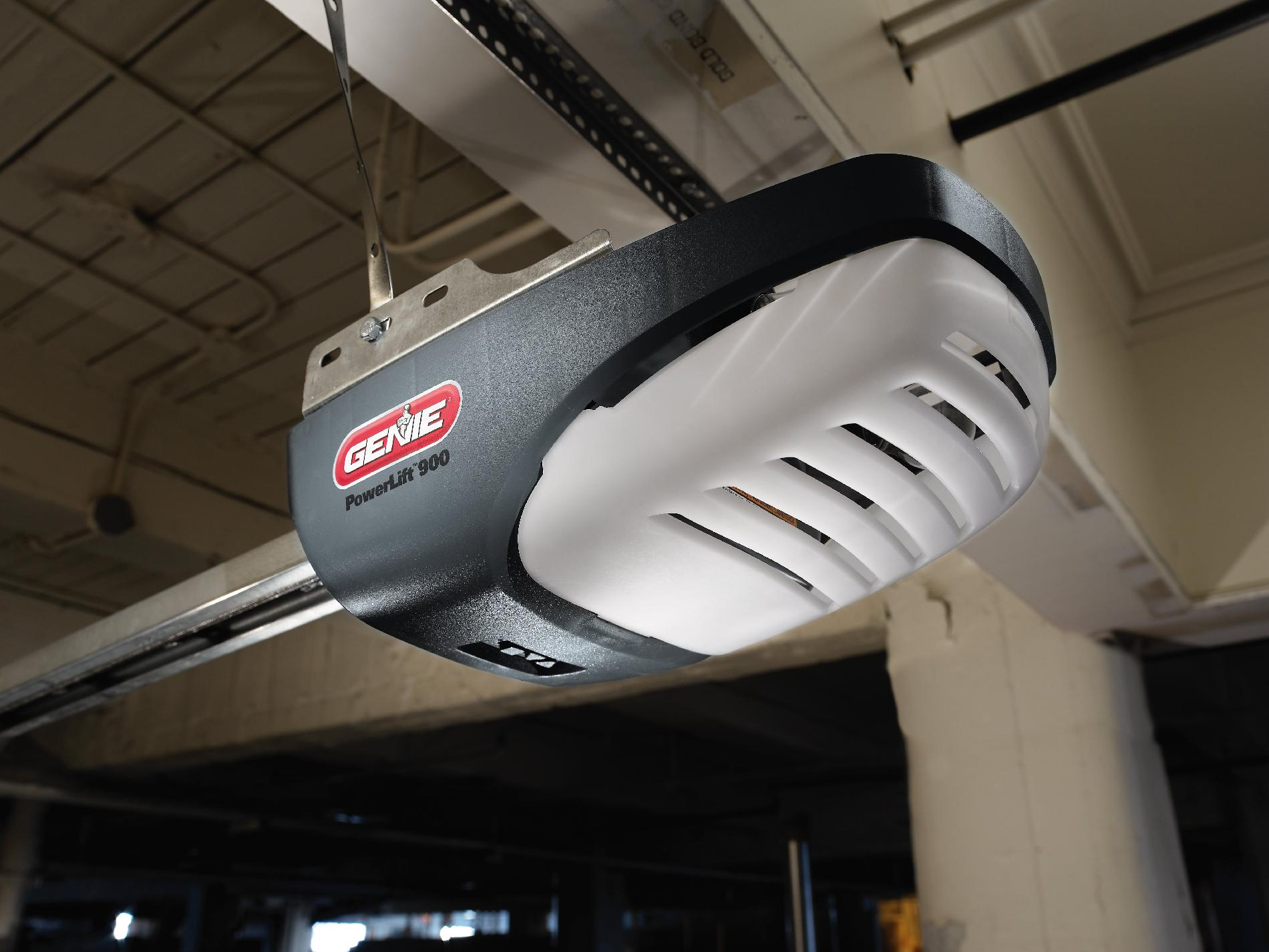 Genie PowerLift 900 1/2 HP Screw Drive Garage Door