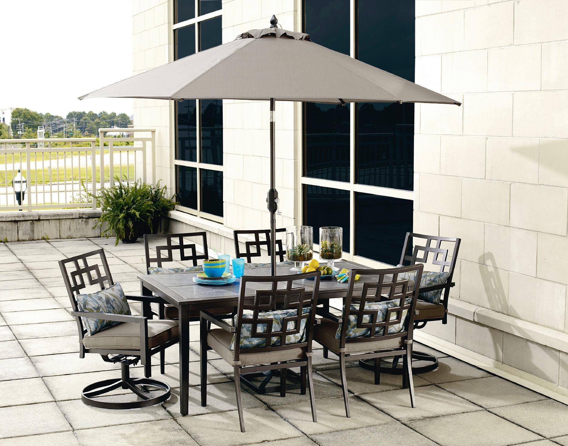 Ty Pennington Style Jefferson 9' Patio Umbrella