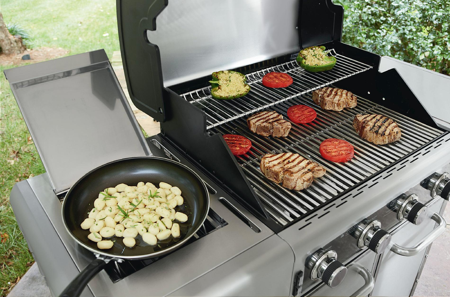 Kenmore Elite 600 Series 4 Burner Dual Fuel Stainless Steel Gas Grill