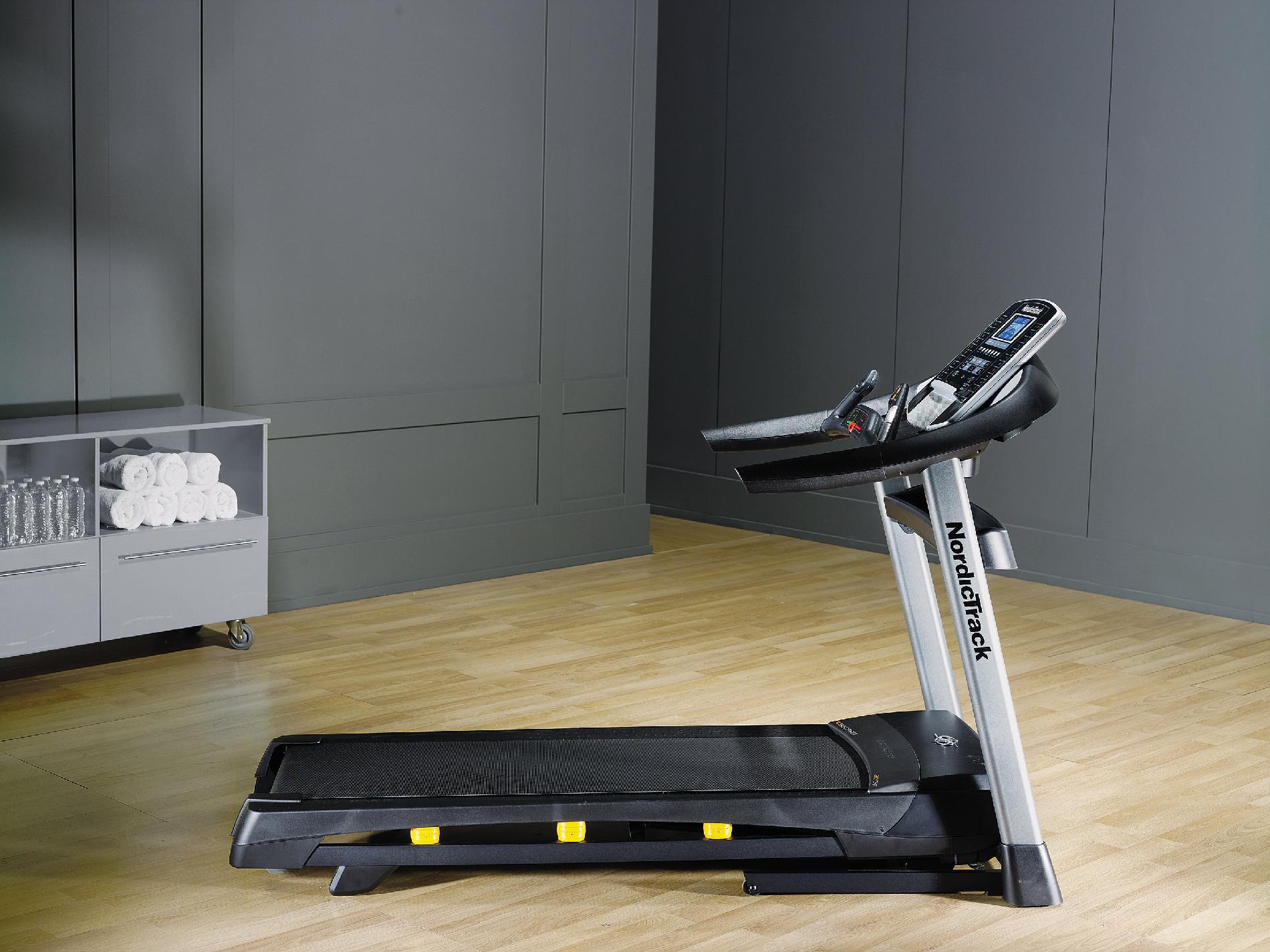 NordicTrack C 950 Pro Treadmill
