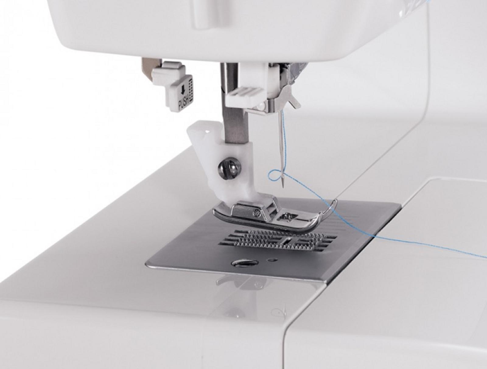 Singer Basic 21-Stitch Simple Sewing Machine