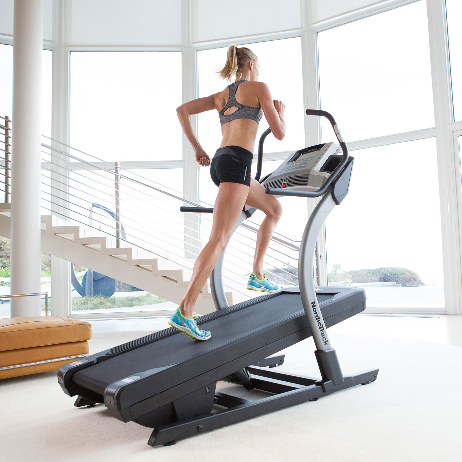 NordicTrack X7i Incline Trainer Treadmill