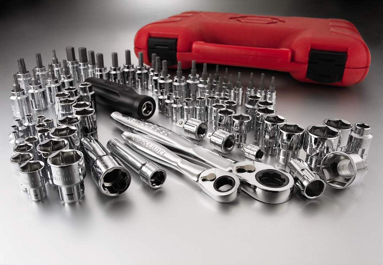 Craftsman 80pc Max Axess 1/4 & 3/8-in. Dr. Socket Wrench Set