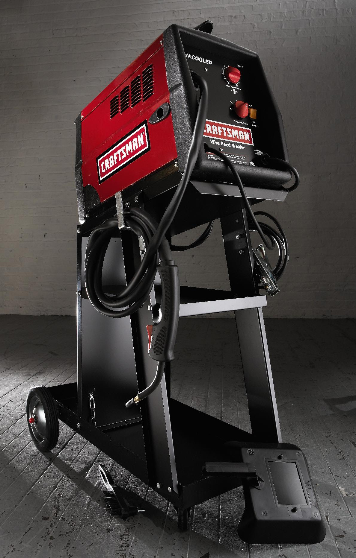 Craftsman MIG Welder with Cart