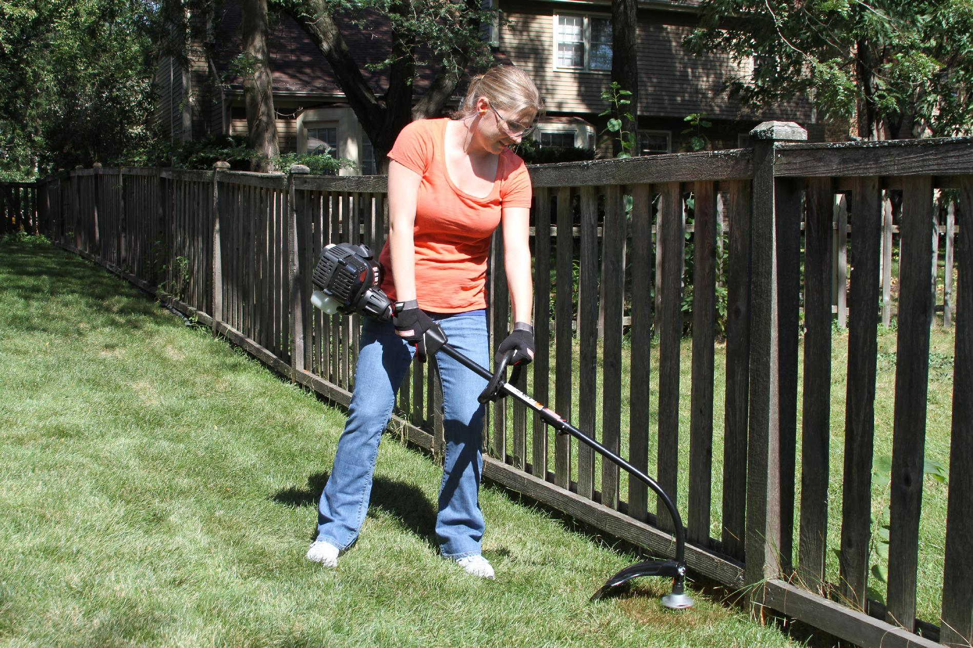 Craftsman 27cc 2-Cycle Gas Powered Lawn Trimmer