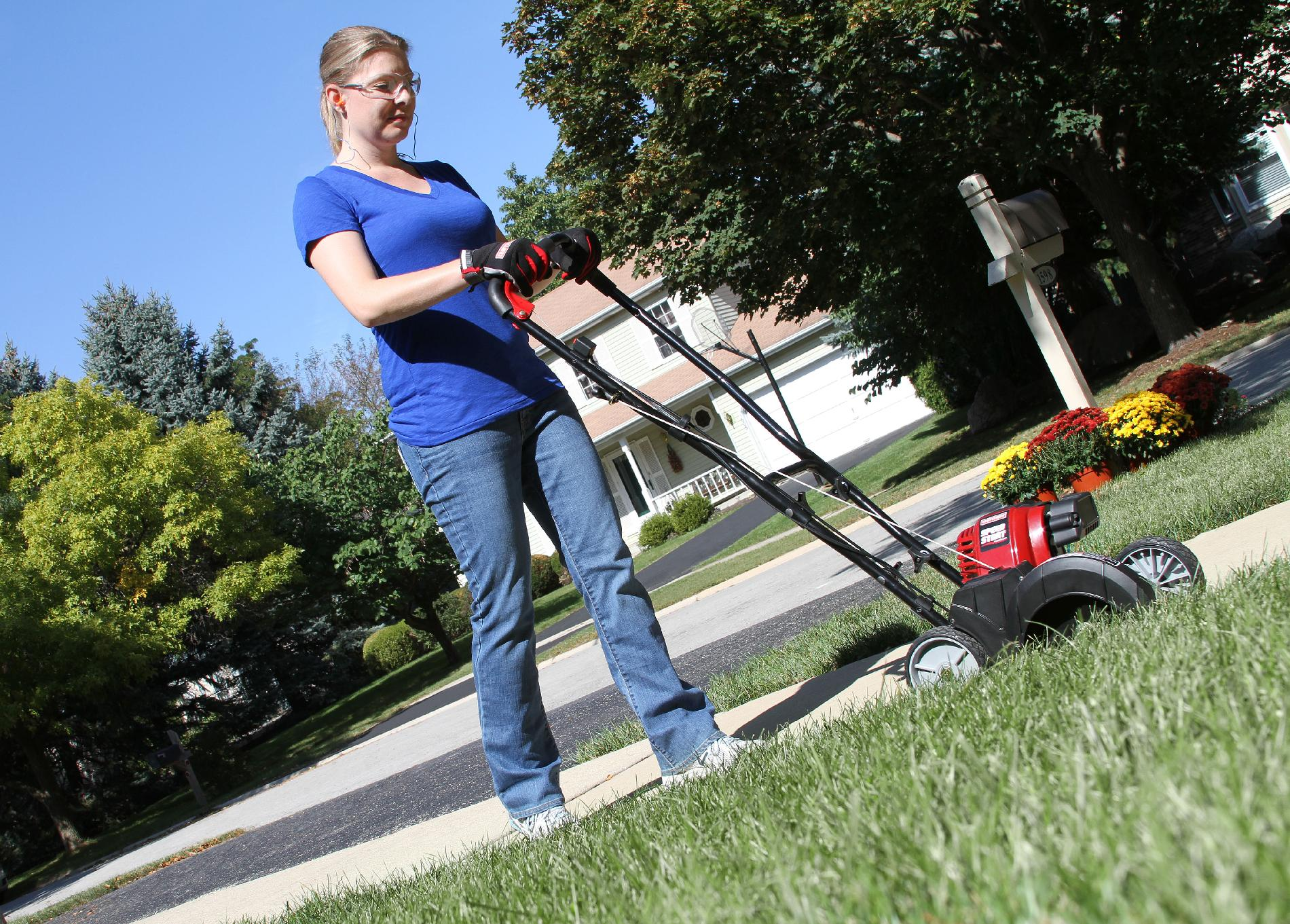 Craftsman 29cc Wheeled Edger w/ Speed Start™