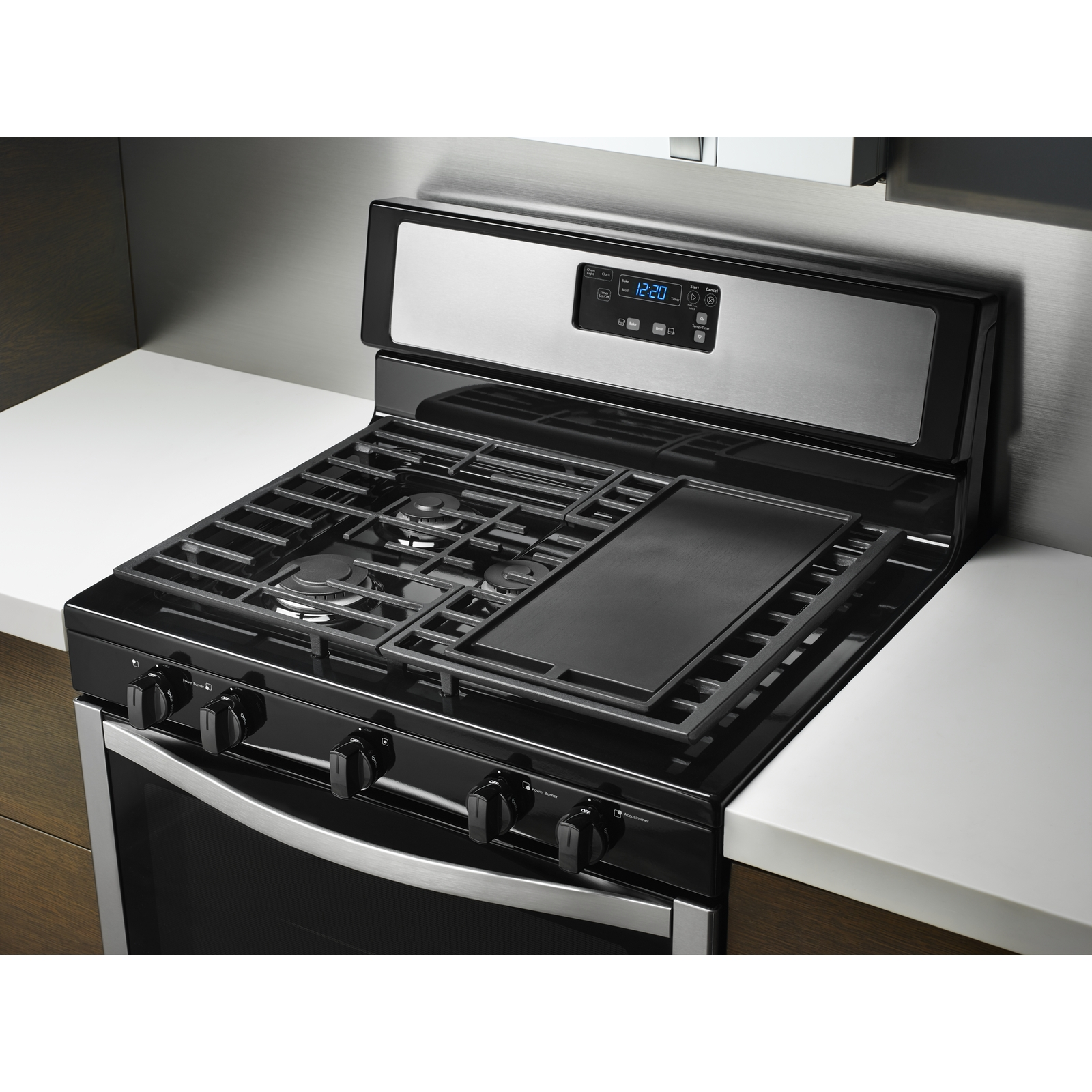 Whirlpool WFG505M0BS 5.1 cu. ft. Gas Range w/ Griddle - Stainless Steel