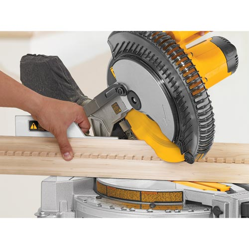 DeWalt 10 In. 15 A 5000 RPM Compound Miter Saw
