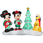 Outdoor Lighted Decorations & Figures